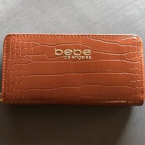 Bebe zipper wallet